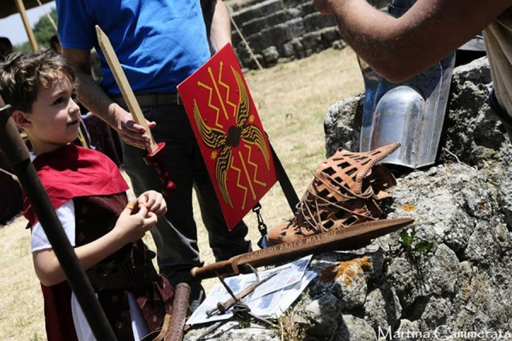 Scuola gladiatori e visita al Castrum