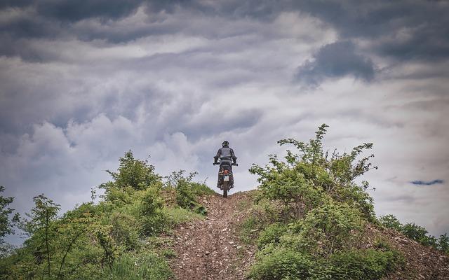 Moto Tour Enduro tra Amiata e Val d'Orcia