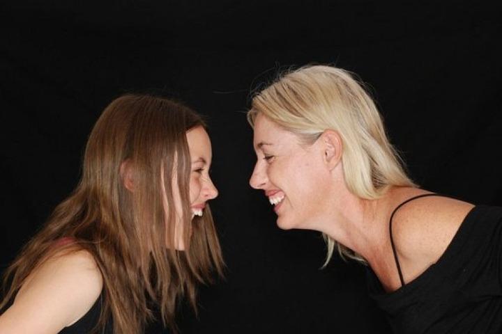 Coccole mamma e figlia